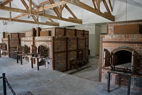 Richard Blanshard「Crematorium At Dachau」:写真・画像(7)[壁紙.com]