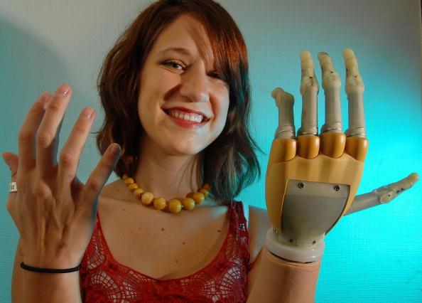 Hand「Scottish Firm Develop Bionic Hand」:写真・画像(11)[壁紙.com]