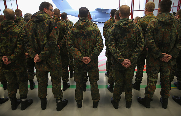 Germany「Bundeswehr Troops Depart For Syria Deployment」:写真・画像(6)[壁紙.com]