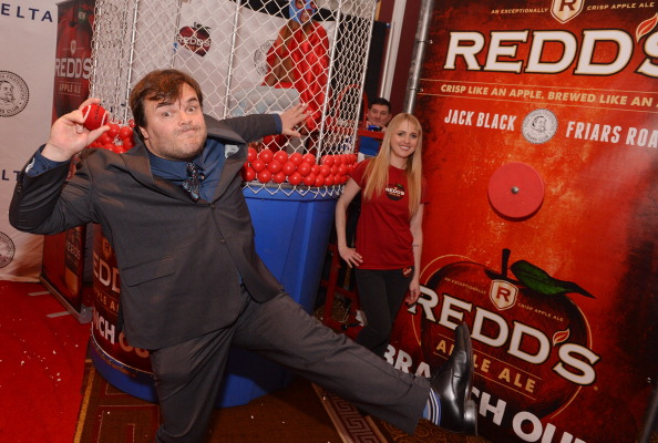 Variation「Redd's Dunk Tank Celebrates Friars Club Roast Of Jack Black With Celebrity Guests」:写真・画像(7)[壁紙.com]