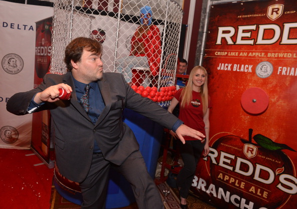 Variation「Redd's Dunk Tank Celebrates Friars Club Roast Of Jack Black With Celebrity Guests」:写真・画像(6)[壁紙.com]