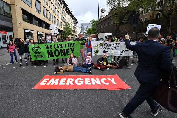 Continuity「Extinction Rebellion Hold Final March Ahead Of Leaving London」:写真・画像(7)[壁紙.com]