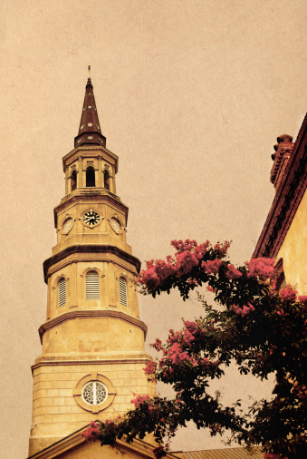 Charleston - South Carolina「Vintage postcard style colonial church」:スマホ壁紙(13)