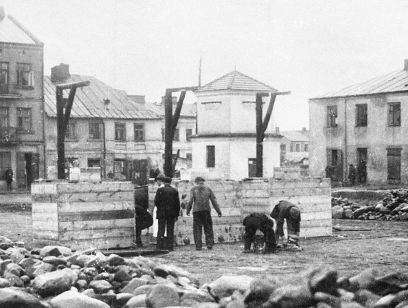 1941「Public Execution In Occupied Poland」:写真・画像(4)[壁紙.com]
