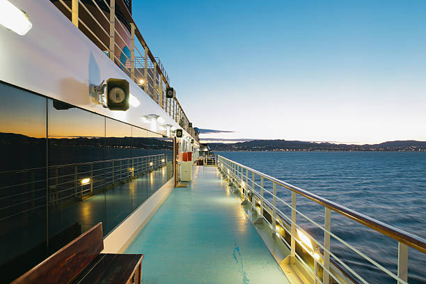 On board of a cruise ship, Mediterranean Sea in the evening:スマホ壁紙(壁紙.com)