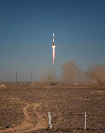 打ち上げロケット「September 30, 2009 - The Soyuz TMA-16 launches from the Baikonur Cosmodrome in Kazakhstan.」:スマホ壁紙(13)