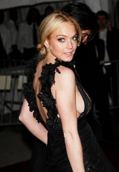 "Stud Earring「MET Costume Institute Benefit Gala Presents ""Poiret: King Of Fashion""」:写真・画像(14)[壁紙.com]"