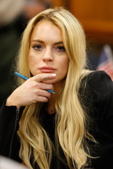 David McNew「Lindsay Lohan Probation Hearing」:写真・画像(3)[壁紙.com]