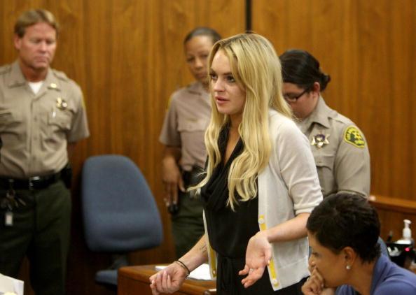 Lindsay Lohan「Lindsay Lohan Probation Hearing」:写真・画像(17)[壁紙.com]
