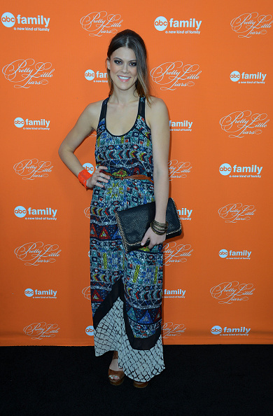 "Multi Colored「Screening Of ABC Family's ""Pretty Little Liars"" Special Halloween Episode」:写真・画像(13)[壁紙.com]"