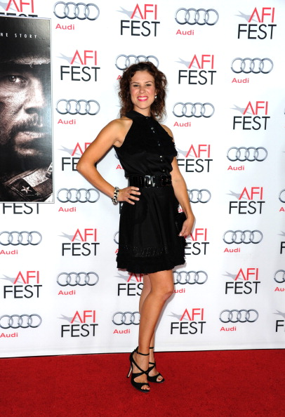 "Hand On Hip「AFI FEST 2013 Presented By Audi Premiere Of ""Lone Survivor"" - Arrivals」:写真・画像(17)[壁紙.com]"