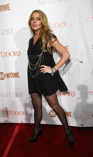 Actress「Premiere Screening Of Showtime's 'The Tudors' - Arrivals」:写真・画像(5)[壁紙.com]