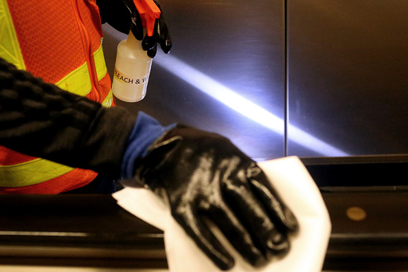 Clean「MTA Cleans Subway Stations As More Coronavirus Cases Confirmed In New York City Area」:写真・画像(1)[壁紙.com]