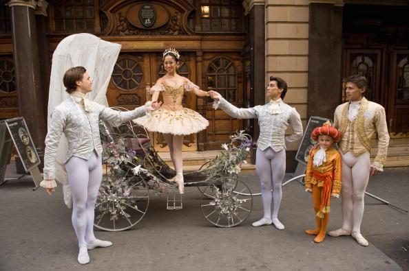 Nude Colored「Cinderella - Photocall」:写真・画像(14)[壁紙.com]