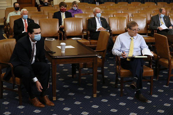 Capitol Hill「House Rules Committee Meets To Consider Remote Voting During The Coronavirus Pandemic」:写真・画像(18)[壁紙.com]