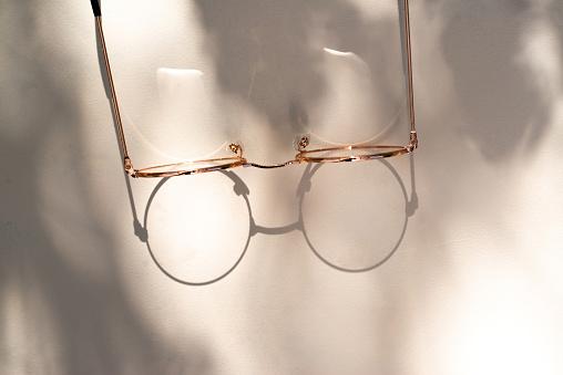 Optometrist「close-up van leesbril」:スマホ壁紙(0)