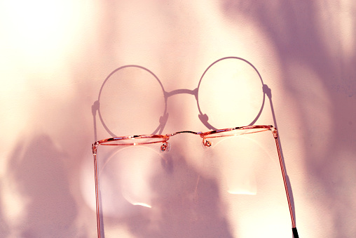 Optometrist「close-up van leesbril」:スマホ壁紙(1)