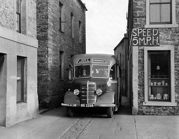 Transportation「1939-1952 Bedford Ob Coach In Narrow Street. Creator: Unknown.」:写真・画像(17)[壁紙.com]