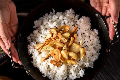 Garlic Clove「Roasted Garlic over Steamed Rice」:スマホ壁紙(6)