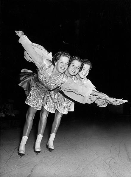 Fred Ramage「Triple Skates」:写真・画像(18)[壁紙.com]
