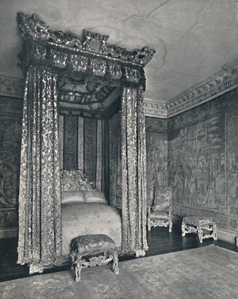 Bedroom「The Venetian Ambassadors Rom At Knole The Bedstead Made For James I」:写真・画像(5)[壁紙.com]