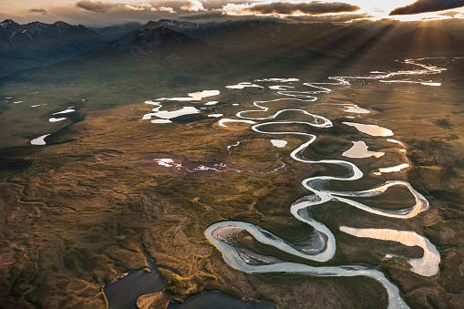 Arctic National Wildlife Refuge「Aerial of the Wind river」:スマホ壁紙(10)
