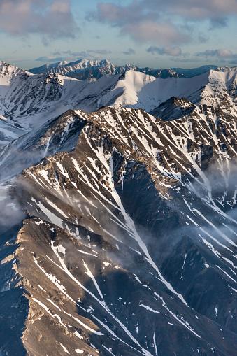 Arctic National Wildlife Refuge「Aerial of the Brooks Range mountains」:スマホ壁紙(2)