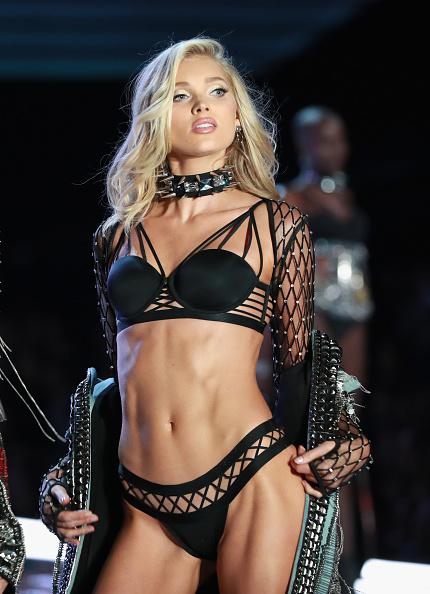Victoria's Secret「Swarovski Sparkles In the 2017 Victoria's Secret Fashion Show」:写真・画像(18)[壁紙.com]