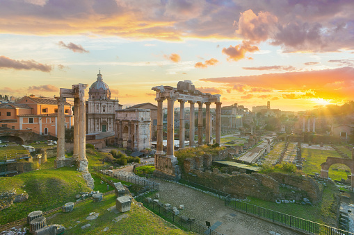 UNESCO World Heritage Site「The Roman Forum at sunrise, Rome, Italy」:スマホ壁紙(8)