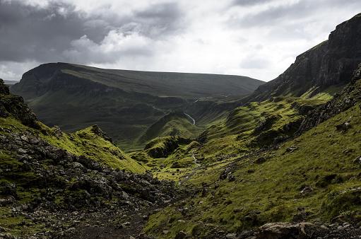 Quirang「Quiraing landslip, Trotternish, Isle of Skye, Scotland, UK」:スマホ壁紙(9)