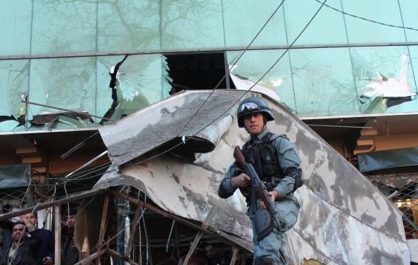 Kabul「Bomb Kills Guard At Kabul Shopping Center」:写真・画像(3)[壁紙.com]