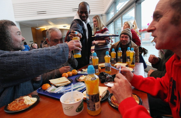 Breakfast「Crisis Open Their Doors To The Homeless At Christmas」:写真・画像(16)[壁紙.com]