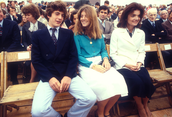 Sister「Kennedy Family Outing」:写真・画像(13)[壁紙.com]