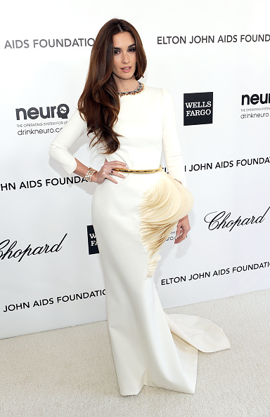Embellished Dress「20th Annual Elton John AIDS Foundation Academy Awards Viewing Party - Red Carpet」:写真・画像(9)[壁紙.com]