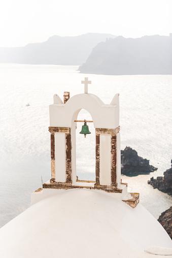 Bell「Bells of White church on Santorini island, Greece」:スマホ壁紙(18)