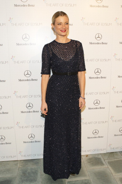 Amy Smart「The Art of Elysium's 7th Annual HEAVEN Gala Presented by Mercedes-Benz - Red Carpet」:写真・画像(4)[壁紙.com]