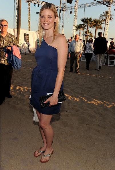 "Amy Smart「Heal The Bay's 25th Annual ""Night Under The Stars""」:写真・画像(3)[壁紙.com]"