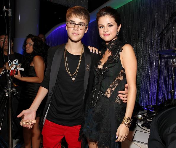 Selena Gomez「2011 MTV Video Music Awards - Red Carpet」:写真・画像(0)[壁紙.com]