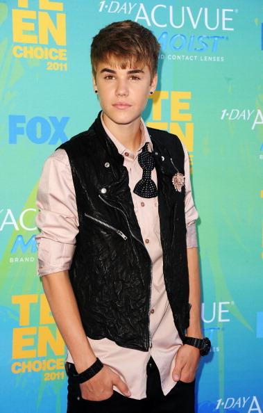 Shirt「2011 Teen Choice Awards - Arrivals」:写真・画像(13)[壁紙.com]