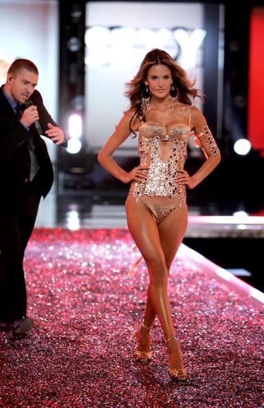 Mark Mainz「The Victoria's Secret Fashion Show - Show」:写真・画像(19)[壁紙.com]