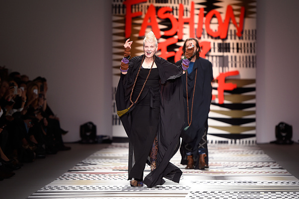 London Fashion Week「Fashion For Relief - Runway - LFW FW15」:写真・画像(8)[壁紙.com]