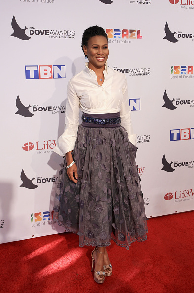Foliate Pattern「47th Annual GMA Dove Awards - Arrivals」:写真・画像(6)[壁紙.com]