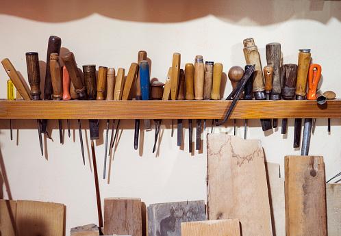 Violin「Tools and art studio for making violin」:スマホ壁紙(5)