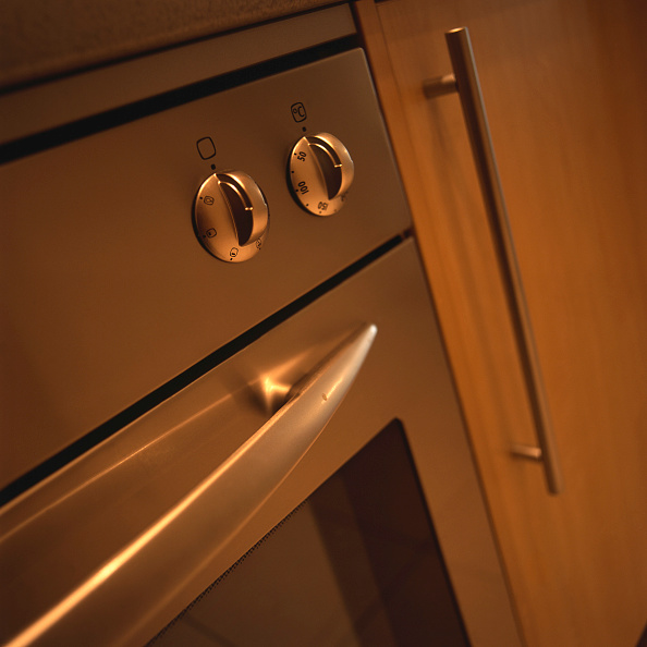 Handle「Kitchen appliances in a new house」:写真・画像(17)[壁紙.com]