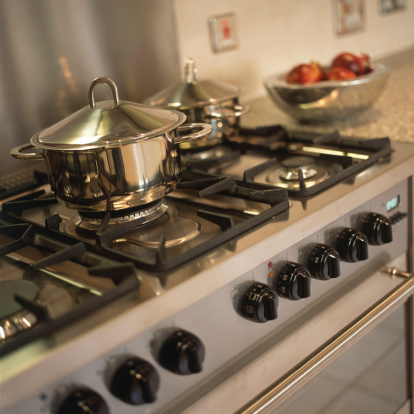 Stove「Kitchen appliances in a new house」:写真・画像(6)[壁紙.com]