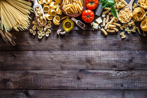 Dark「Raw pasta border」:スマホ壁紙(8)
