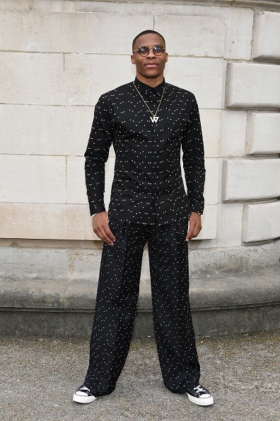 ディオール オム「Dior Homme : Front Row  - Paris Fashion Week - Menswear Spring/Summer 2018」:写真・画像(9)[壁紙.com]