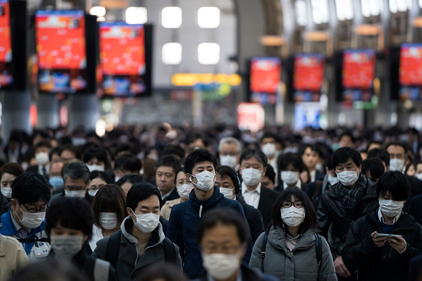 Tokyo - Japan「Japan Battles Against The Coronavirus Outbreak」:写真・画像(11)[壁紙.com]