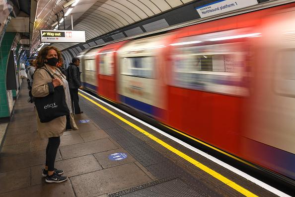 Tube「England Prepares To Relax Further Aspects Of Coronavirus Lockdown」:写真・画像(19)[壁紙.com]
