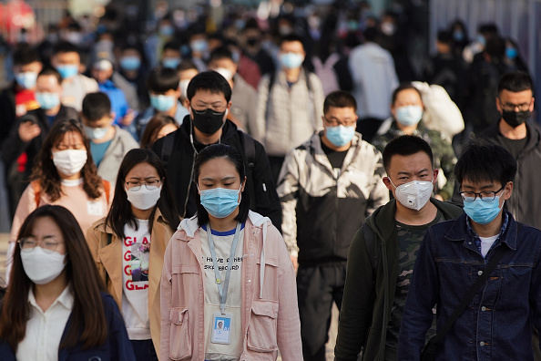 People「Daily Life In Beijing After China Declared Epidemic Contained」:写真・画像(5)[壁紙.com]